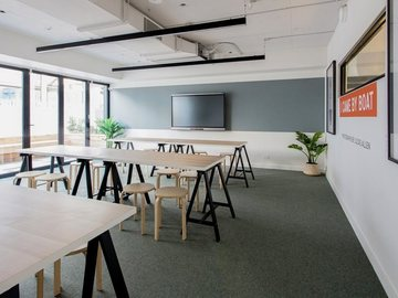 Renting out with online payment: Creative Space with Garden Access