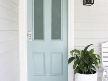 Renting out with online payment: Blue Colored Door