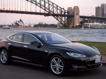 Renting out with online payment: Tesla Model S 70