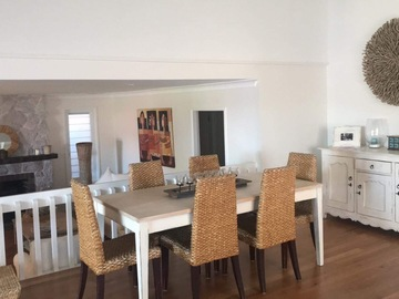 Renting out with online payment: Living room