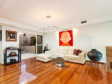 Renting out with online payment: 2-level Luxury Villa Living Room